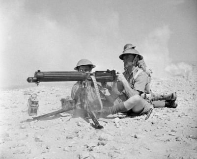 South African gunners in the N. Africa desert